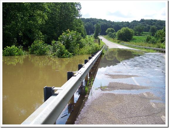 River near Pleasant Hill Dam (6)