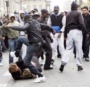 blacks-beating-up-whites.jpg